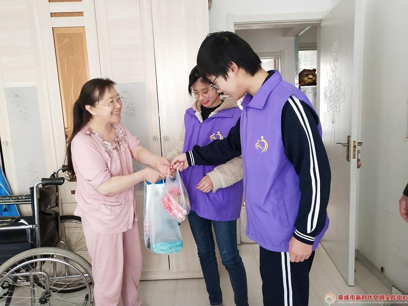 """凤凰湖社区第59期—""""情暖夕阳 共享和谐""""9公益活动"""